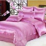 постельное белье из искусственного шелка