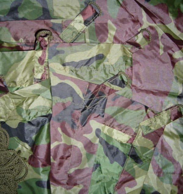 специальная одежда из саржи