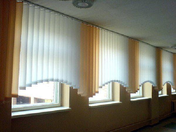 арочные рулонные шторы