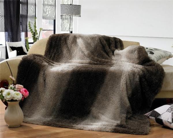 меховые покрывала на диван