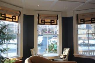 греческие шторы в гостинной