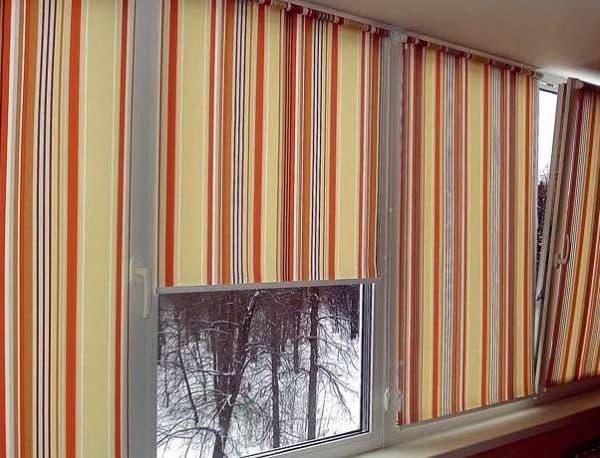 штора на балкон на присосках лёгкий текстиль