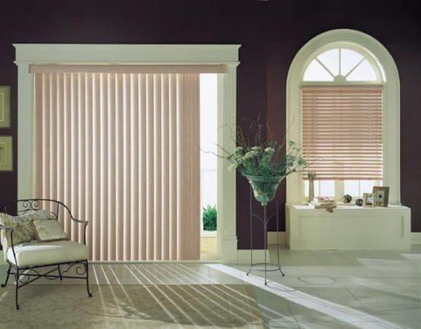 Декоративные шторы на дверной проем