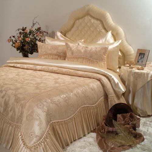 постельное бельё из искуственного шёлка
