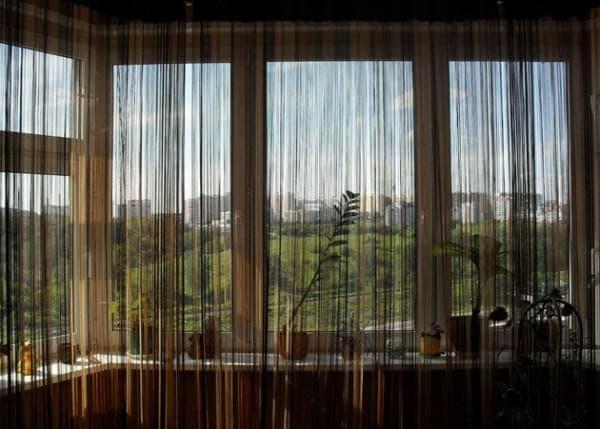 нитяные шторы на балкон