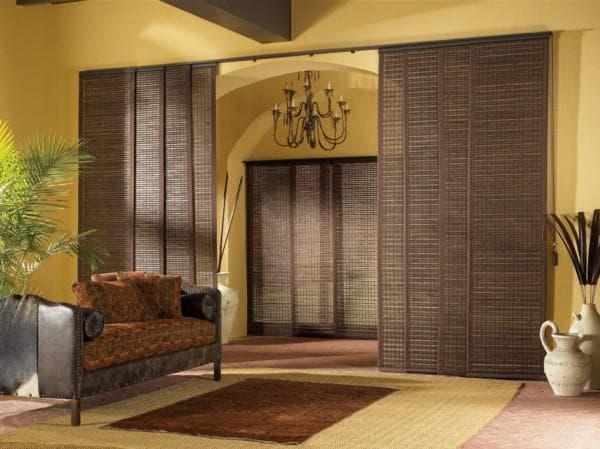 бамбуковые шторы в проем в интерьере