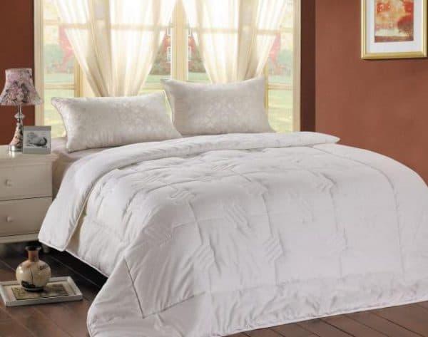 двуспального одеяла фирмы Merkys
