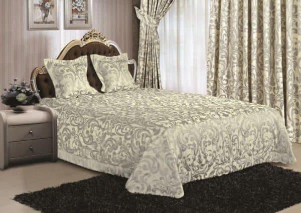 покрывала и наволочек для декоративных подушек.