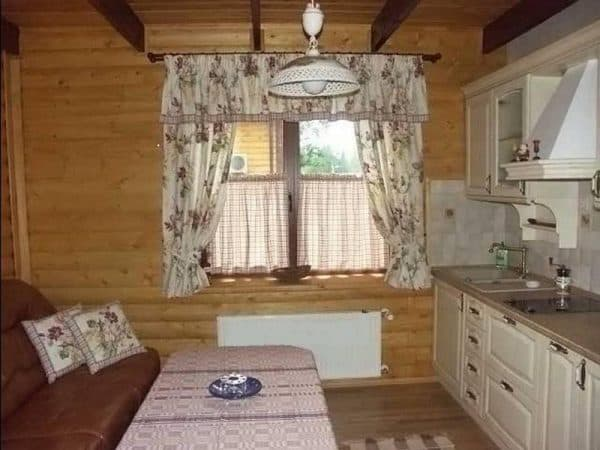 шторы маркиза в  стиле кантри для кухни