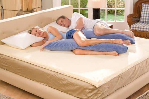 ортопедическая подушка для ног сон на боку