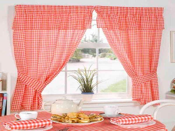 шторы с подхватами в  стиле кантри для кухни