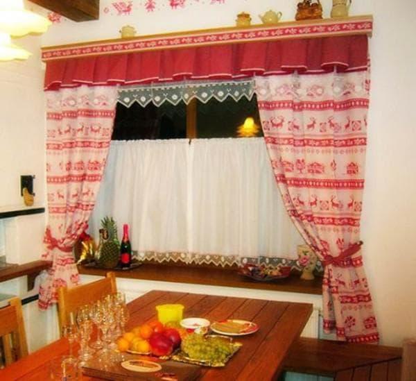 шторы на маленькие окна в деревенском стиле
