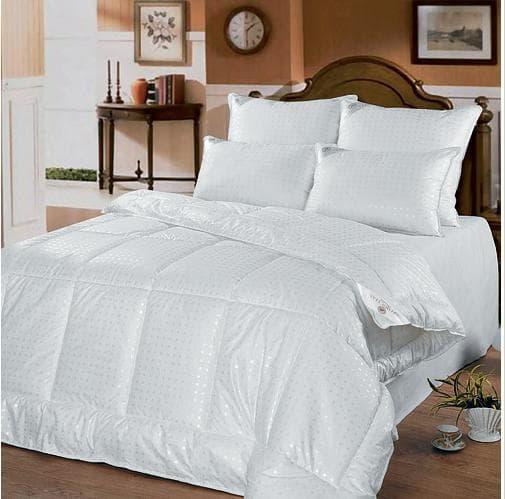 одеяло 1.5 спальное 140 × 205 см