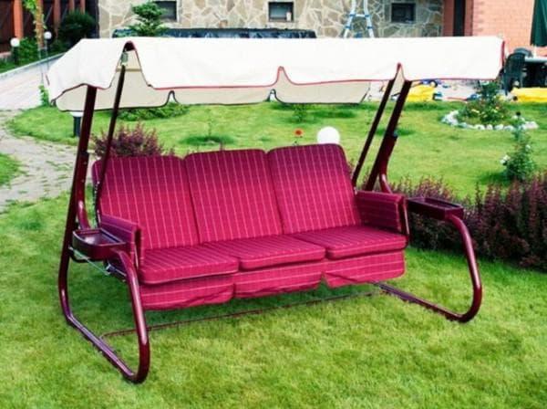 подушки для садовых качелей красного цвета