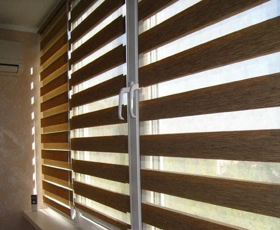 рулонные шторы зебра день ночь на деревянные окна