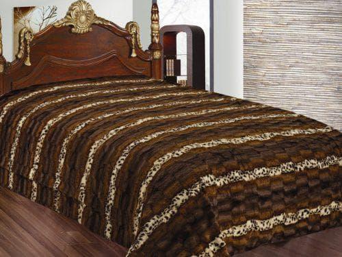 двухцветное покрывало на кровать из искусственного меха
