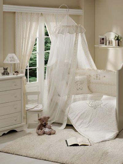 балдахин на кроватку для новорожденных в изголовье