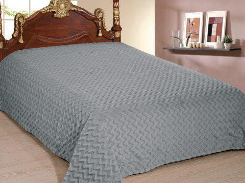 покрывало на кровать из меха производства фирмы Cleo