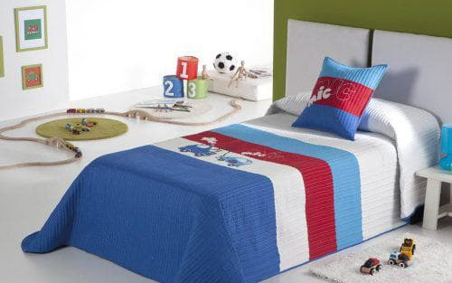 детское покрывало на кровать для мальчика яркого цвета