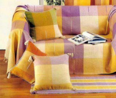 покрывало на диван на резинке яркой расцветки