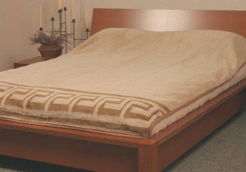 покрывало на кровать из шерсти