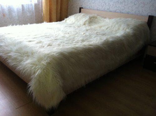 покрывало на кровать из меха