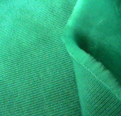 тканепрошивные покрывала на диван из искусственного меха