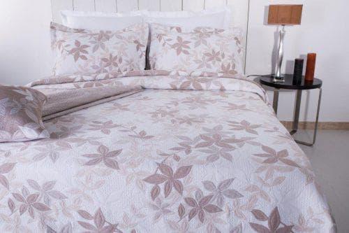 покрывало на кровать из Португалии от Antonio Salgado