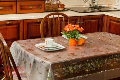 водоотталкивающая скатерть на стол для кухни от DO'n'CO