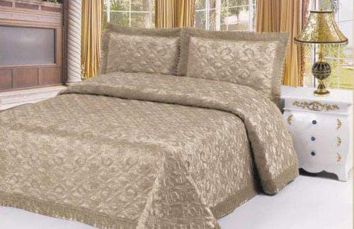 жаккардовые накидки на кровать
