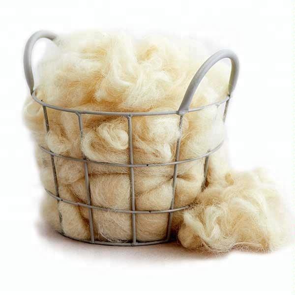 Как чесать шерсть овечью